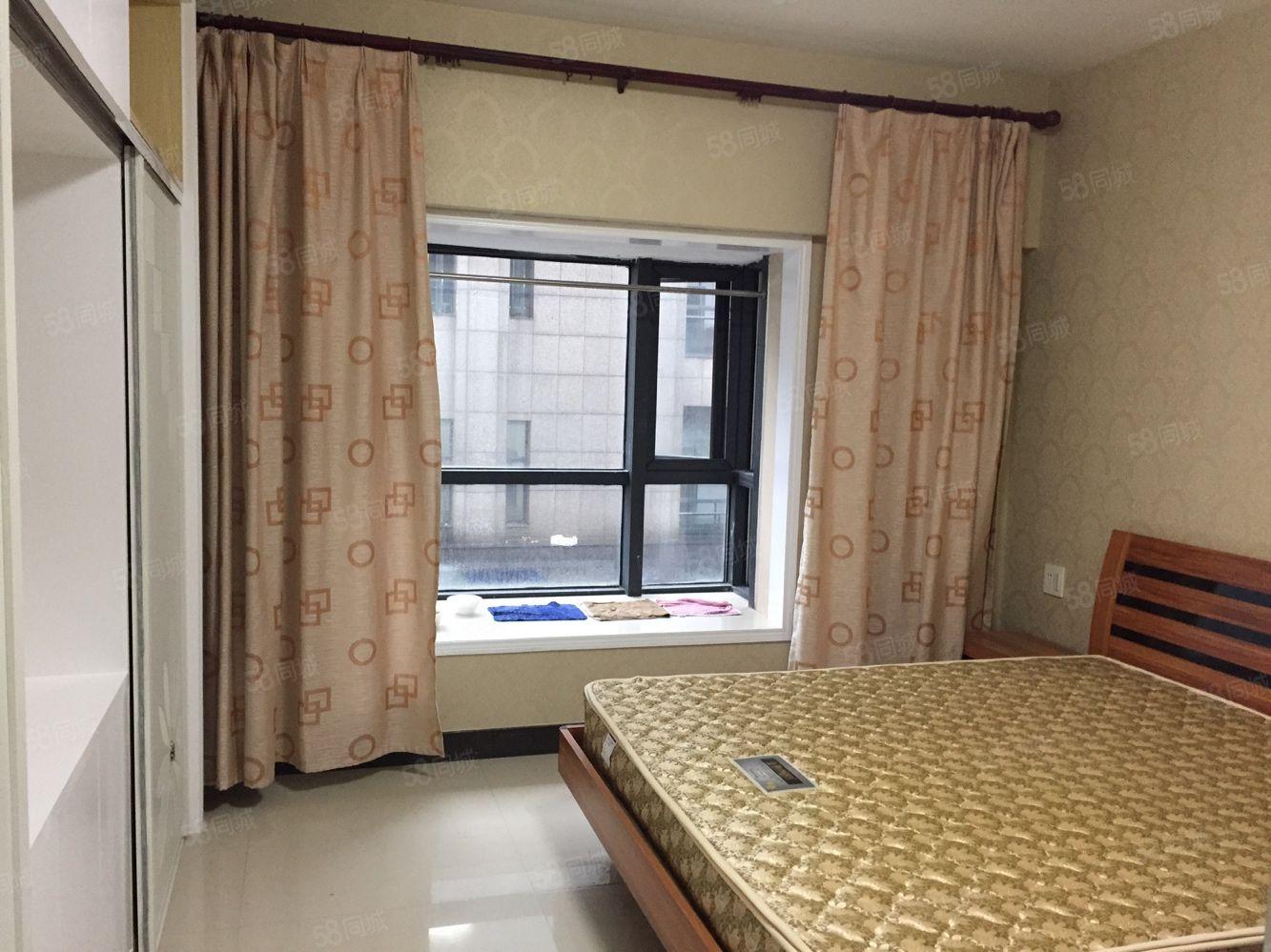 時代廣場新裝修單身公寓出租