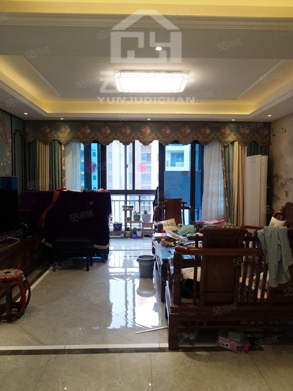 碧桂园四室两厅两卫,东边户,精装全送可随后四看房,首付低。