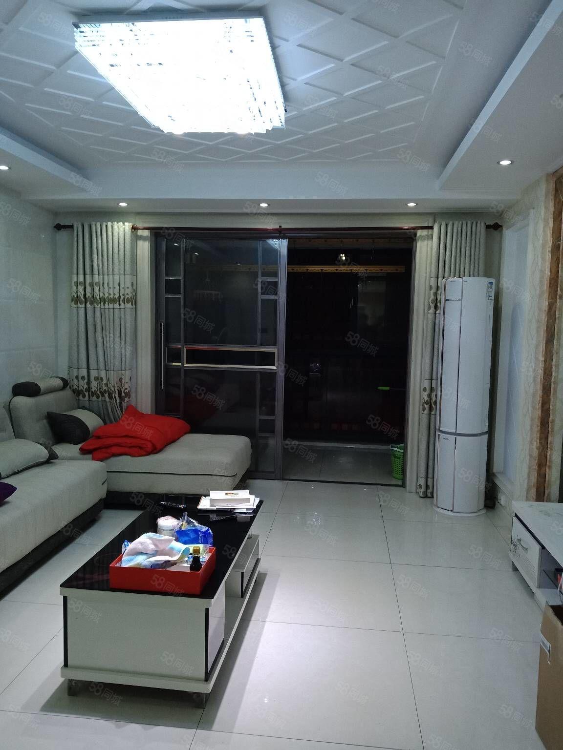 长江花城四期98平方2室精装修未住送储藏室送车位