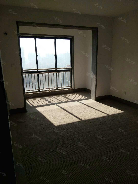 急售,滨江三期,四室毛坯房,送车位,好楼层,可贷款,随时看房