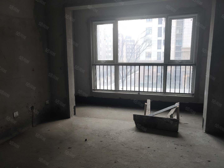 润丰锦尚,地铁现房,有房产证,契税满两年,正常按揭