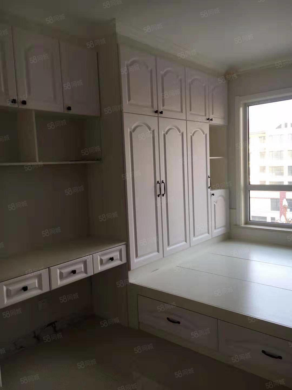 龙泽城电梯洋房精装修未住位置佳环境好有本可分期