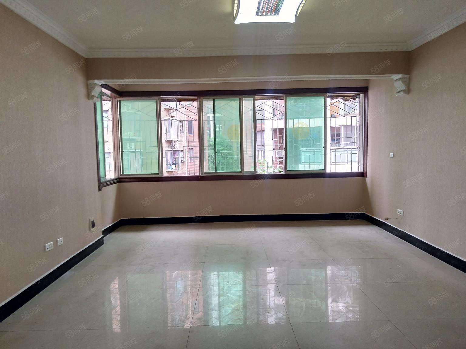 二中对面六完小旁大修厂小区精装修两室手续齐全可按揭贷款