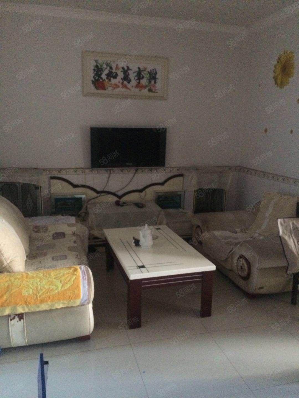 城南遂宁一中附近四楼精装2房出行方便随时看房