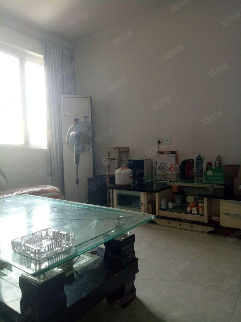 [新上]萬達旁,2012年金龍佳苑雙氣兩房拎包入住