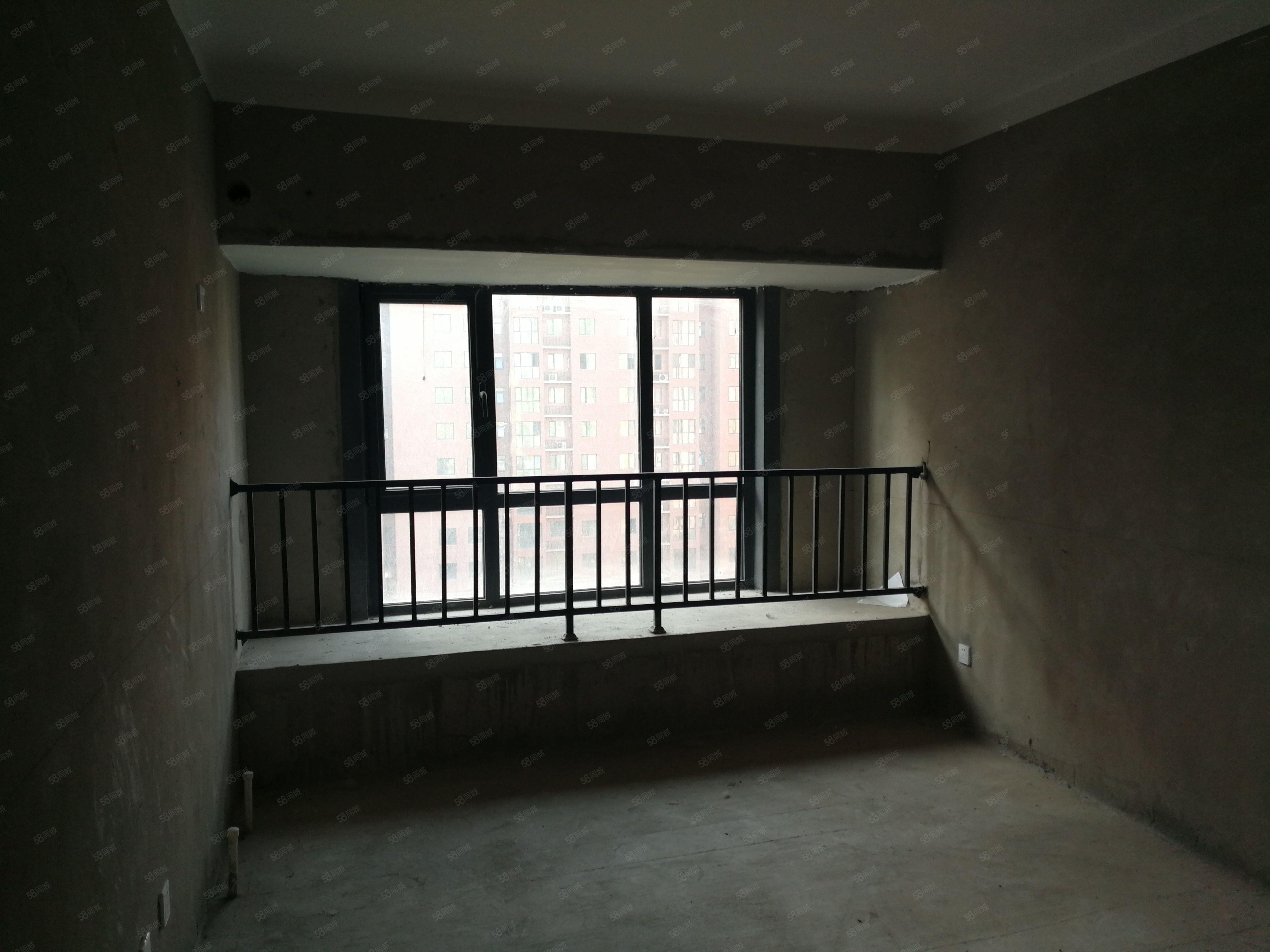 港区国园洋房小区小高层价格,高端现房,位置好,买到就可装修入