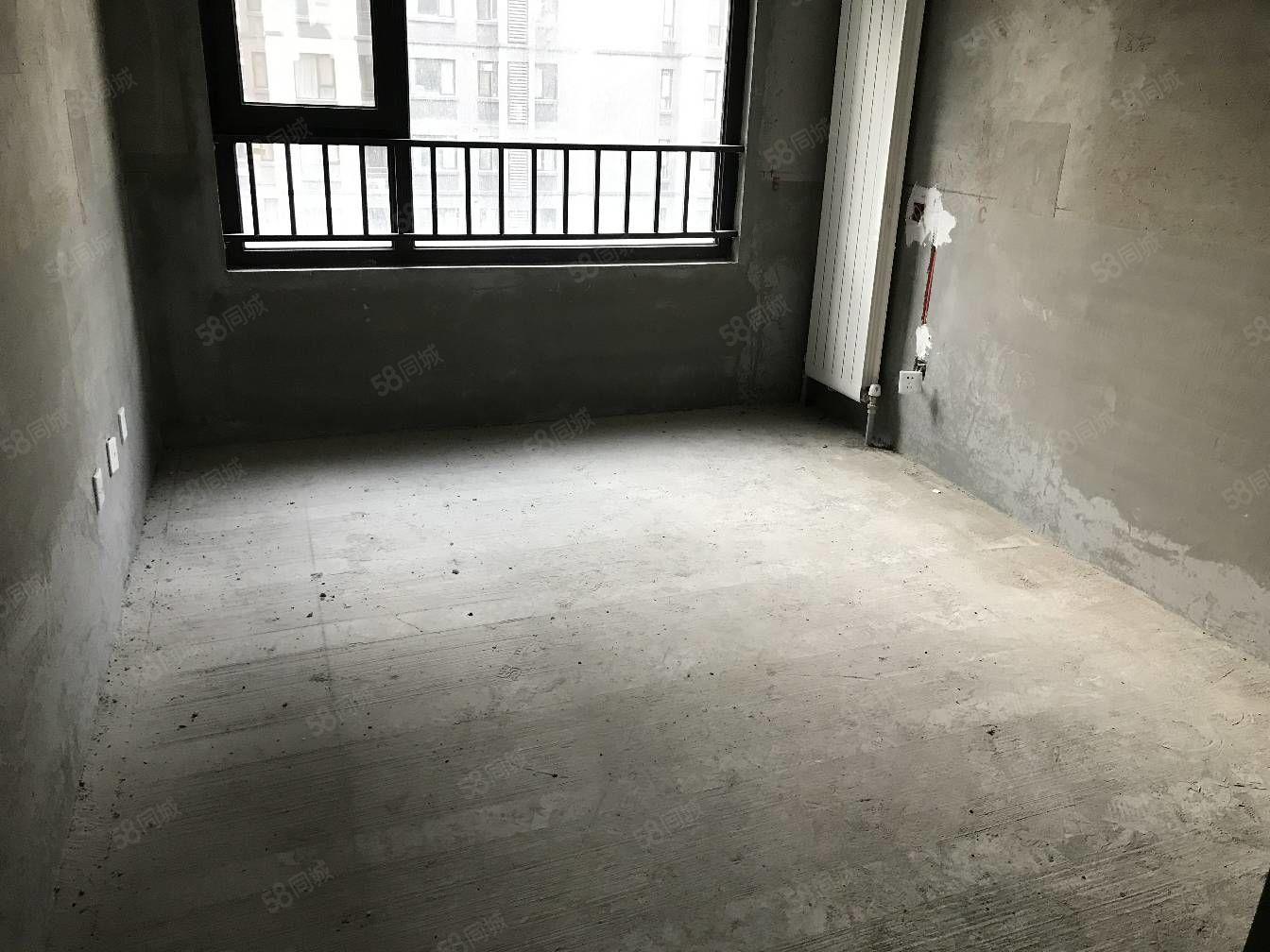 航空港区,永威南樾,经典三房,97平97万,独家房源随时看房