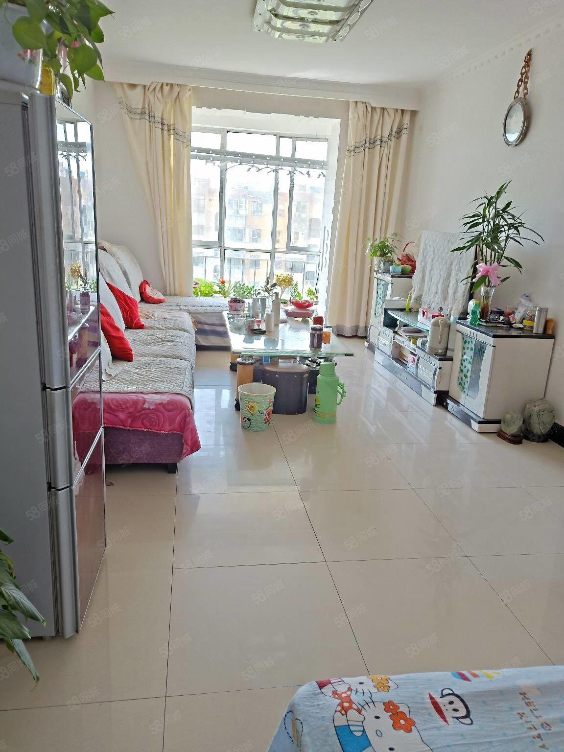 世博花苑,81平米,2室2厅,37.8万,可优惠,看房方便