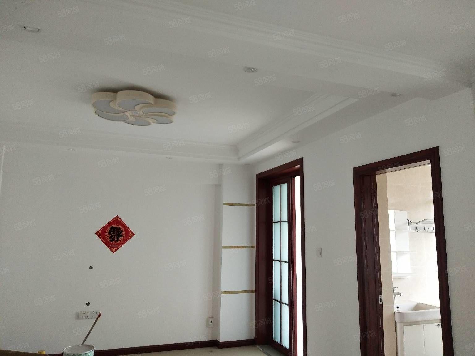 錦繡名苑小高層電梯房93平方兩室送書房送儲藏室精裝未住