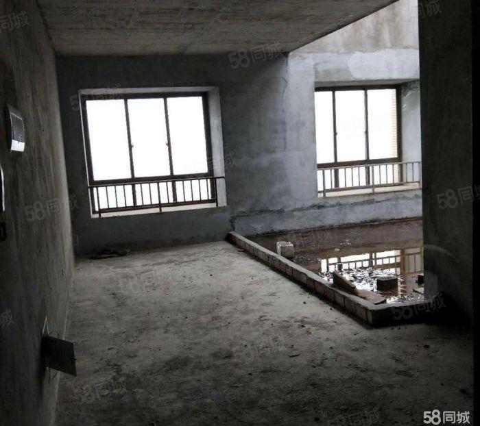 電梯躍層式帶書房帶獨立大花園可馬上過戶支持按揭
