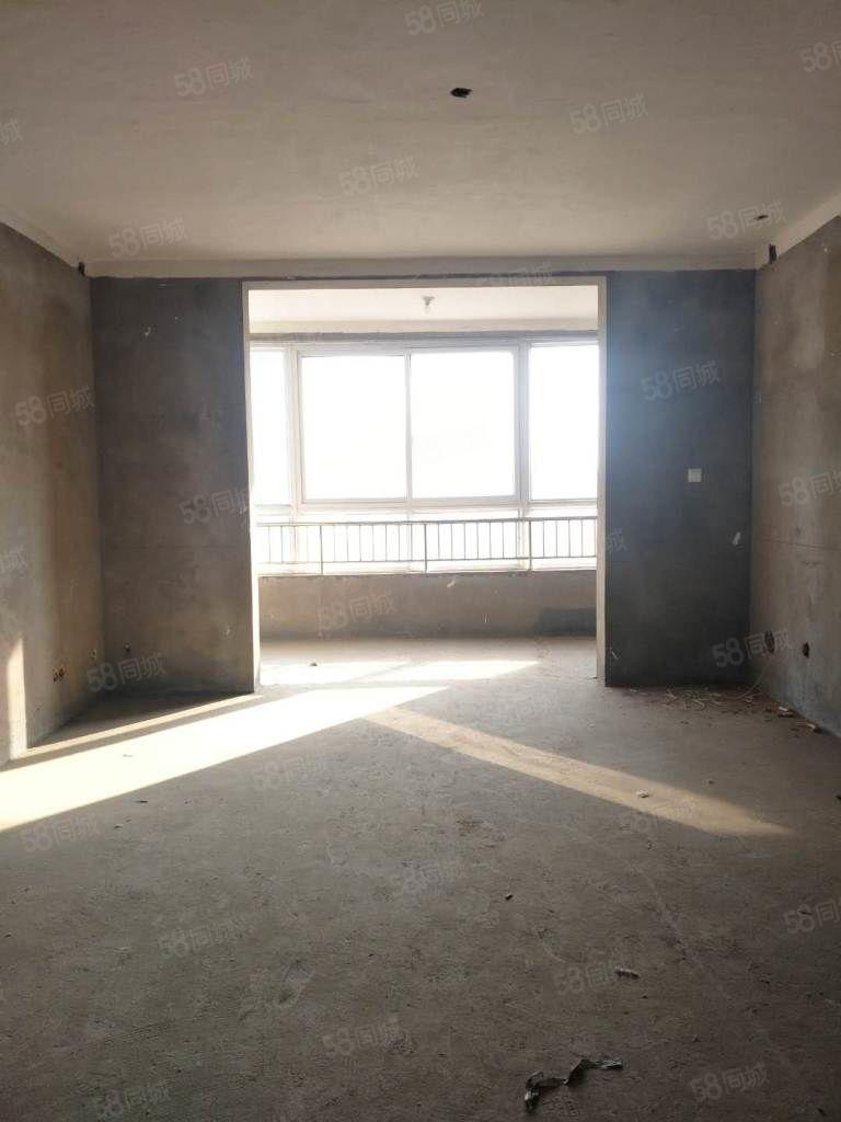 丽园名城电梯毛坯三室满五唯一可分期随时过户看房方便!!