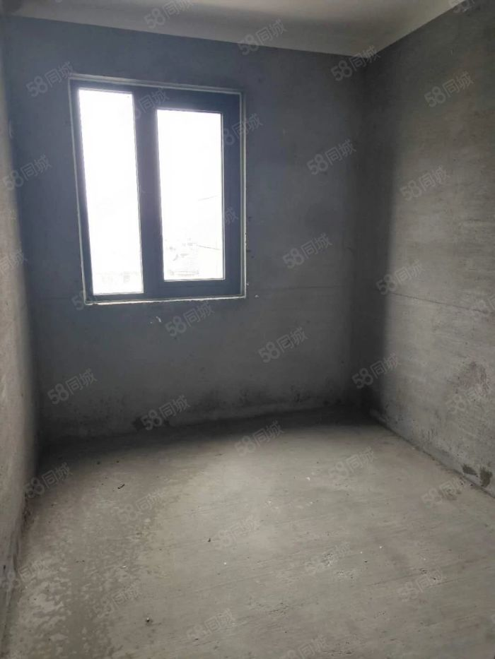 玉墅林枫高层三房满五唯一零税费户型正气采光充足学。区房