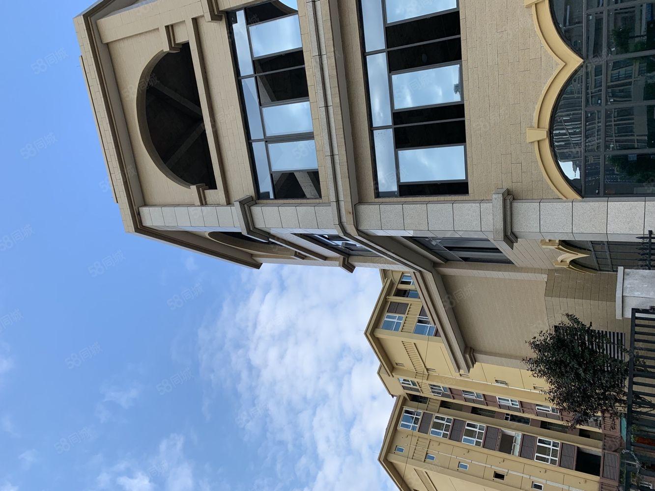 东城明珠116盘中间16楼三室两厅一卫便宜卖43万!