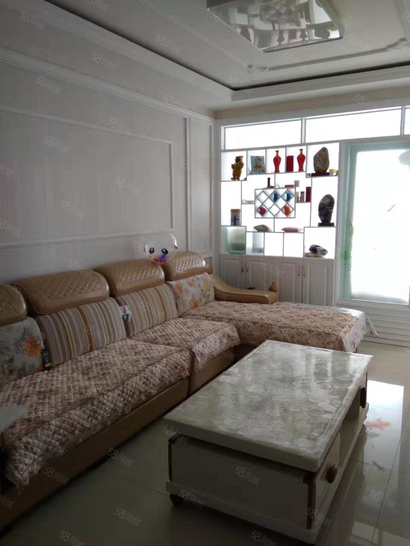 南城南巷子翠庭花苑电梯中间楼层去年精装房现在急售拎包入住