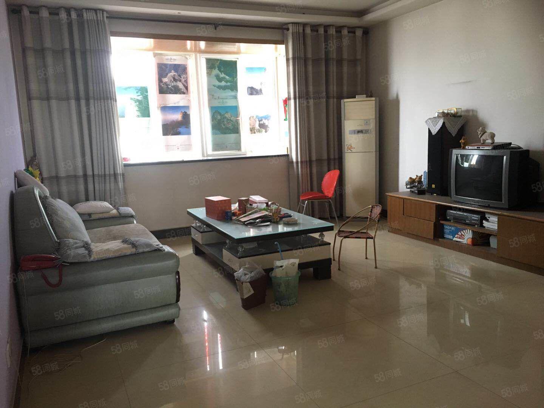 渭阳西路(阳光小区)73万诚意出售简装大三室多层六楼通透双气
