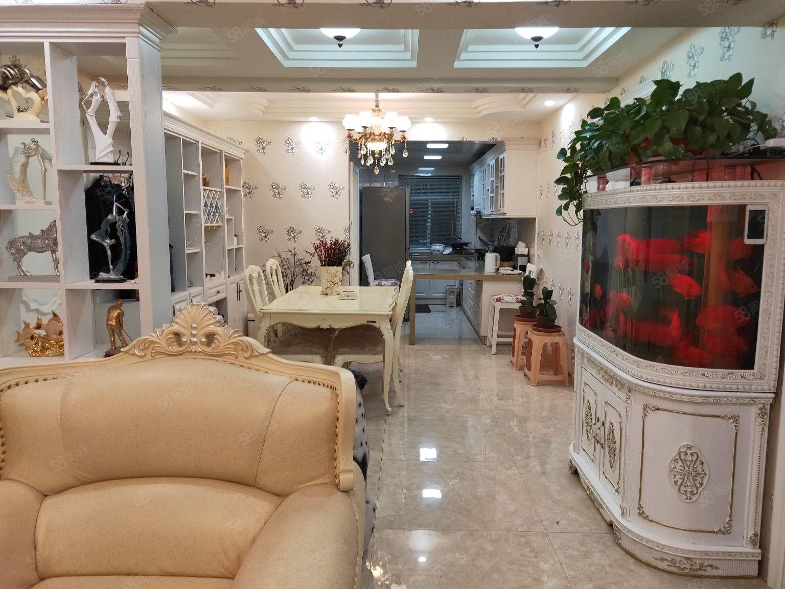 悦璟人家8楼125平米3室精装配套齐全80万元有证可贷款急售