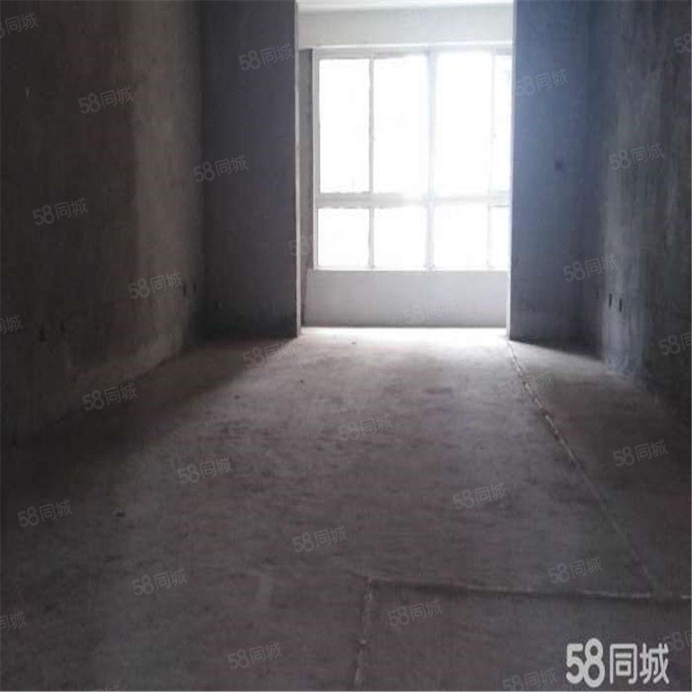 明珠南苑南北通透3居单价4800随时看房