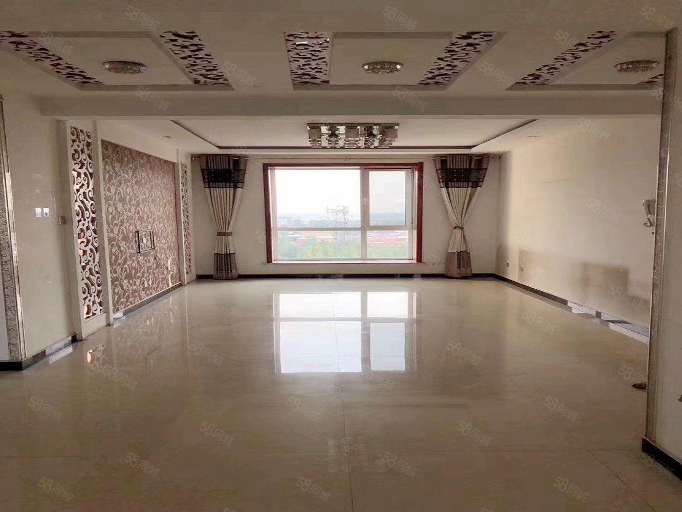 出售水岸�A庭精�b通透三居室,��r9400有房本能�J款