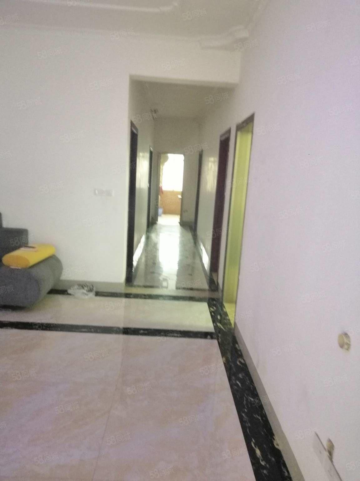 二桥民房4楼步梯4室1厅1卫1阳台新房没住的售价48.8万