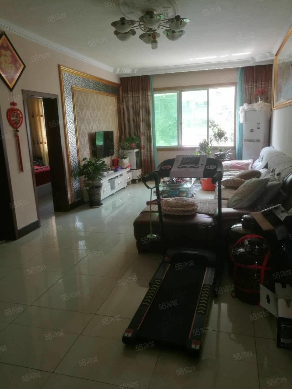 白杨湾丶天天见超市附近好房子,101平方,四楼爬两楼.三房