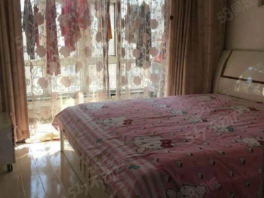 农科花园地热楼中等装修两室一厅德通物业可贷款