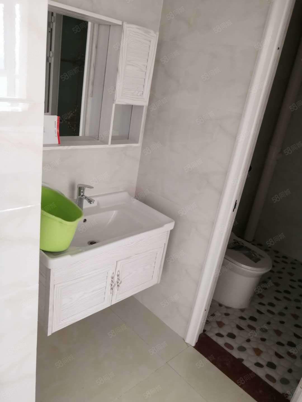 黄4渤6电梯楼带空调洗衣机房子干净整洁