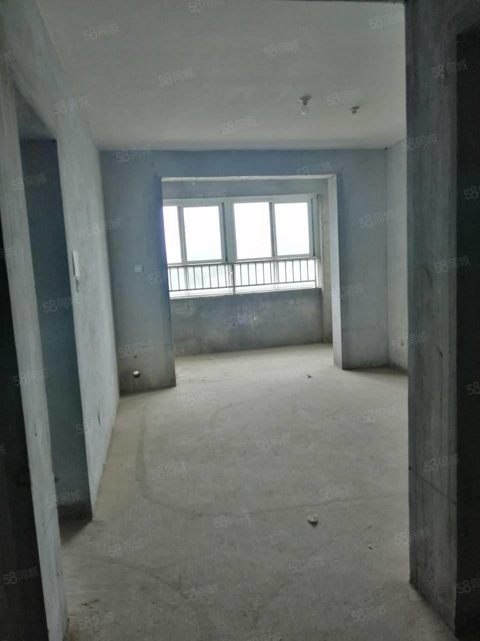 永勝錦城前排觀景房電梯次頂樓