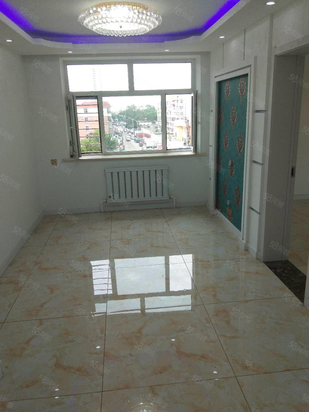 嘉禾国际正五,楼精装修,南北通透面积71.5平售价39.5万