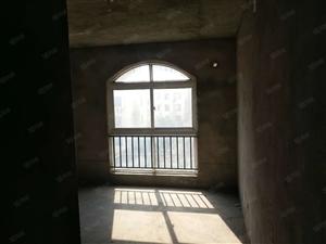 天鹅湖6楼毛坯在送一层39万可按揭急售