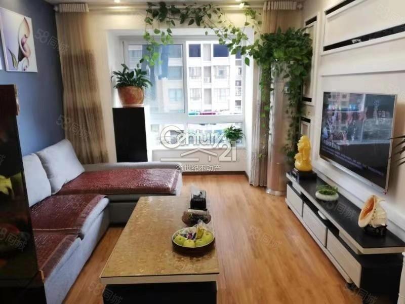 紫禁城邦,精裝兩室,交通便利,拎包入住,2000元一個月