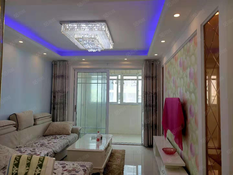 尚东国际电梯2室精装品牌家具家电满5年税低电动车库靠车站