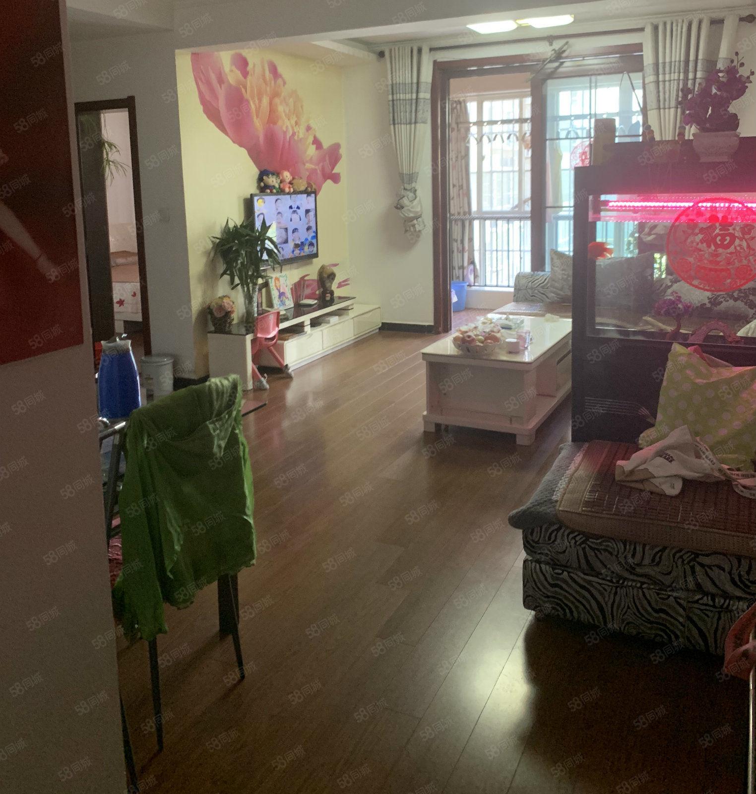 文林路中段大型社区(文林佳苑)精装两室中间楼层看房方便急售