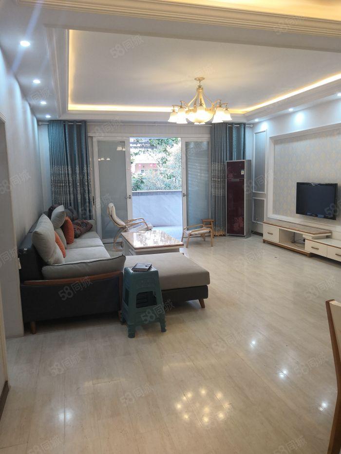 龍馬大道豪華大三房豪華裝修高品質小區環境優美,住的舒心