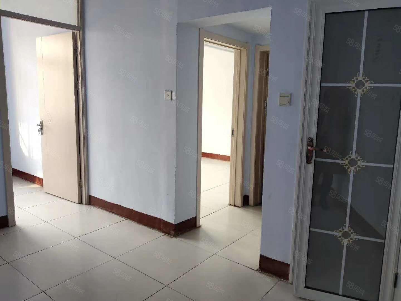 南湖东临棉麻站宿舍精装2楼3楼有钥匙随时看南湖小区