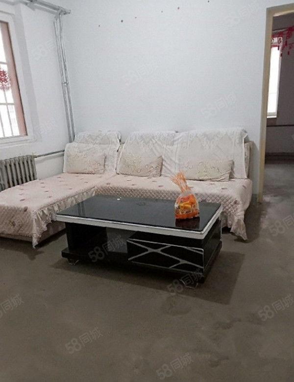 出售锦绣苑小户型简单装修26万