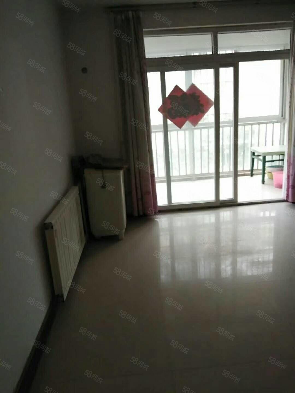 出售翠湖龙庭2楼95平,3室2厅1卫,简装,可分期,价格可谈