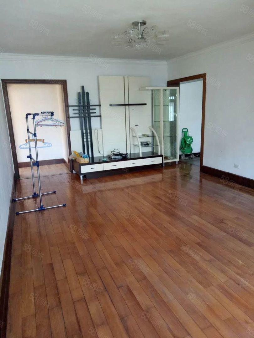 沃尔玛附近商业银行107平3居室精装修1200元