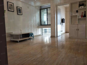 阳光威尼斯,人民路小学,单身公寓,朝南户型,有证可按揭