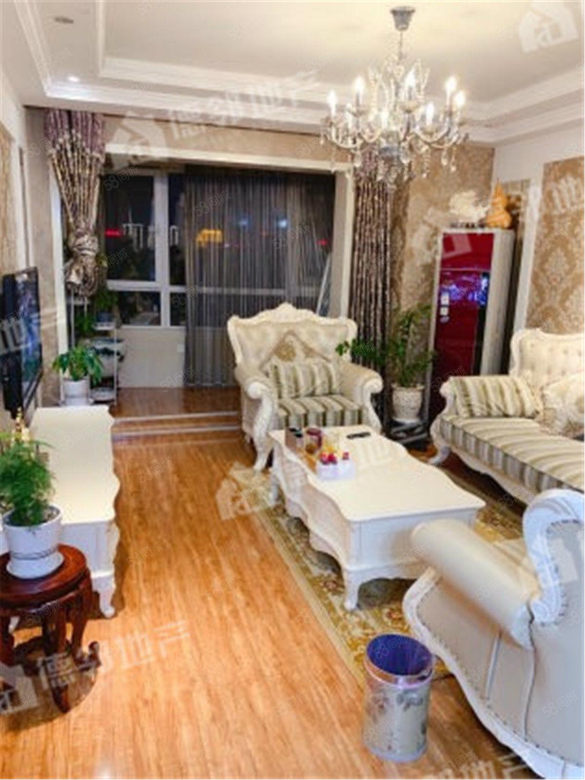翠湖天地92平2室豪华装修,可贷款,君瑞城对过