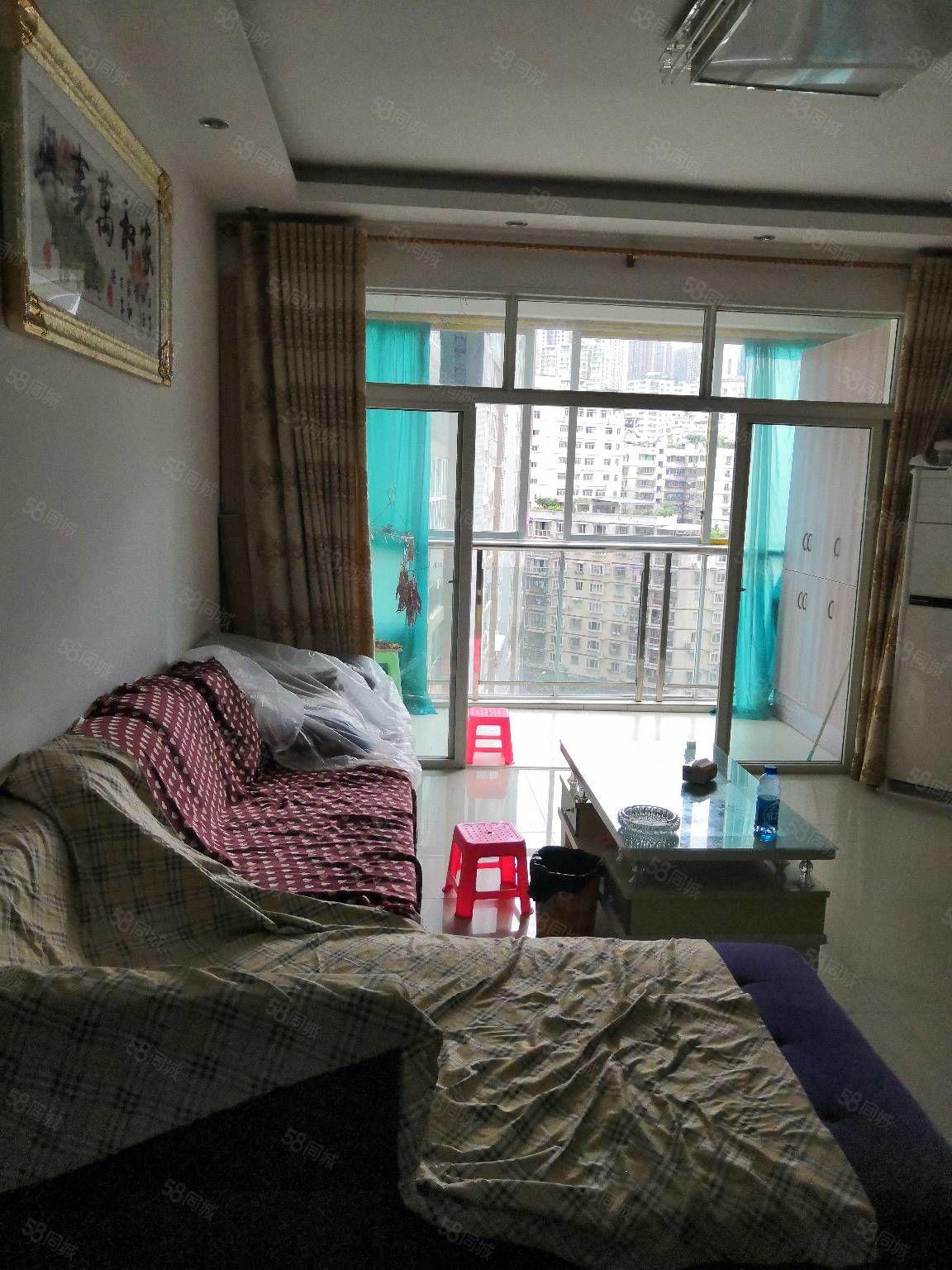 香山湖精装大户型带家具家电急卖!三室两厅两卫一厨一阳台101