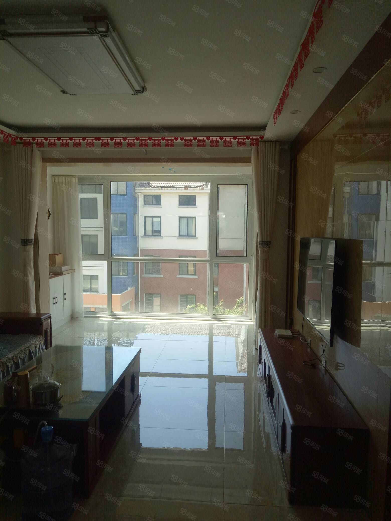 利津行政小区D区三楼112平带车库18年刚装修原房图急售75