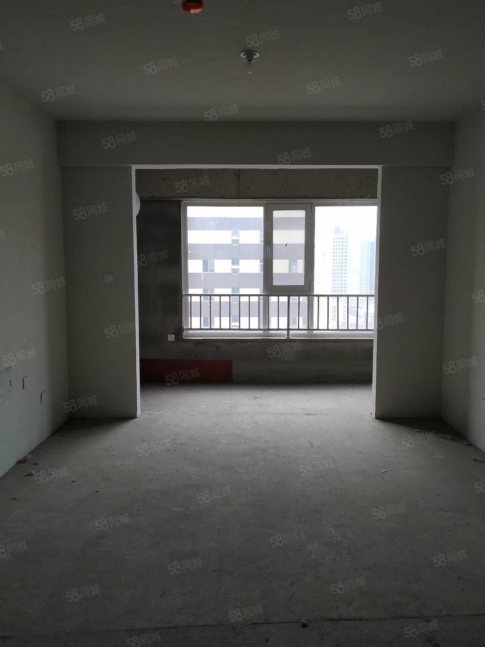 东门小学十五中曼哈顿现房现买现住三室两厅户型亮堂