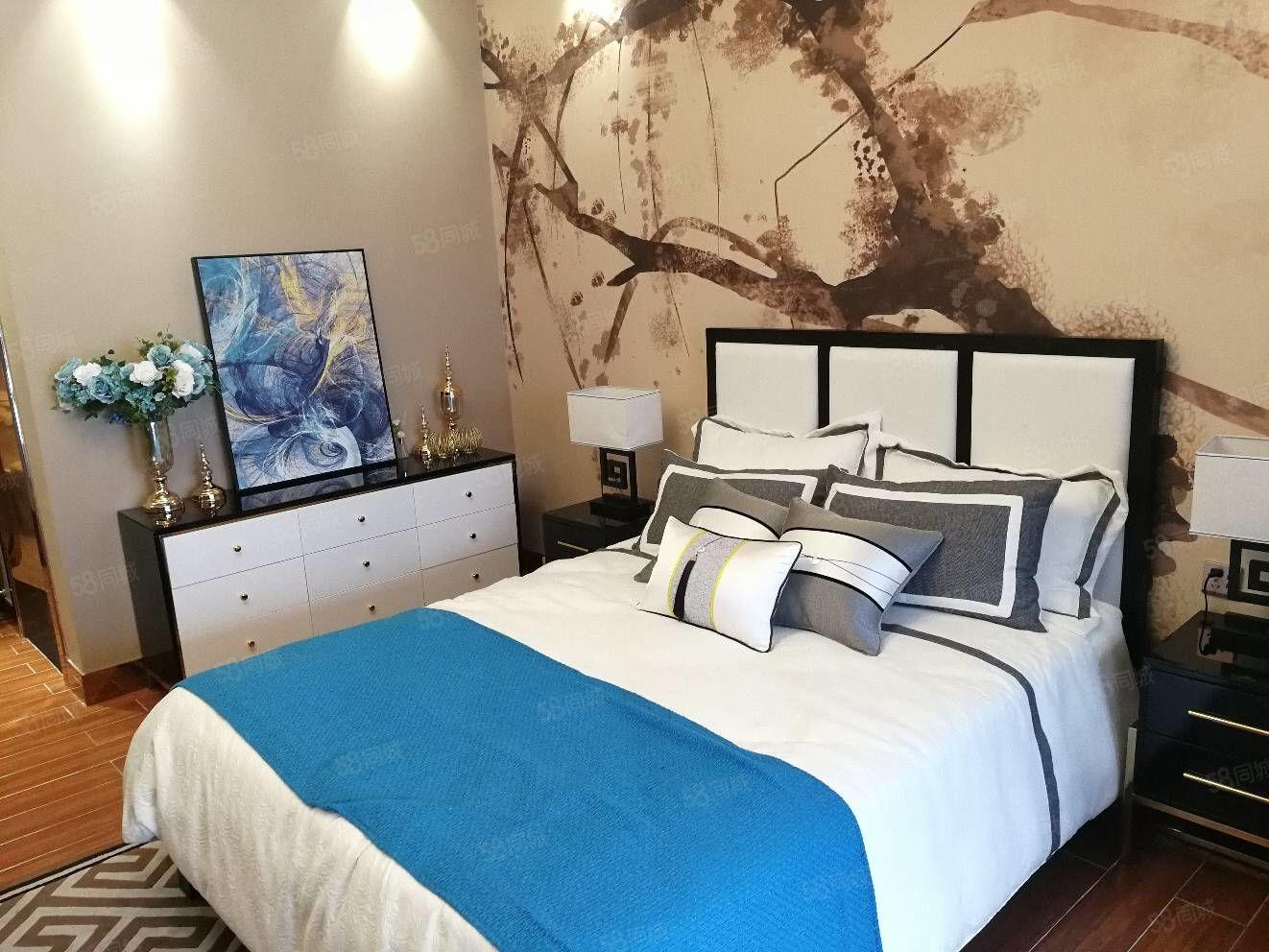 一线海景房一房一厅带精装修拎包入住月租低月供不限购不限贷