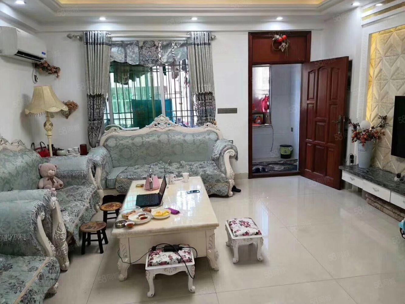 金�|方1012期3��120平方4房2�d2�l��全部家具