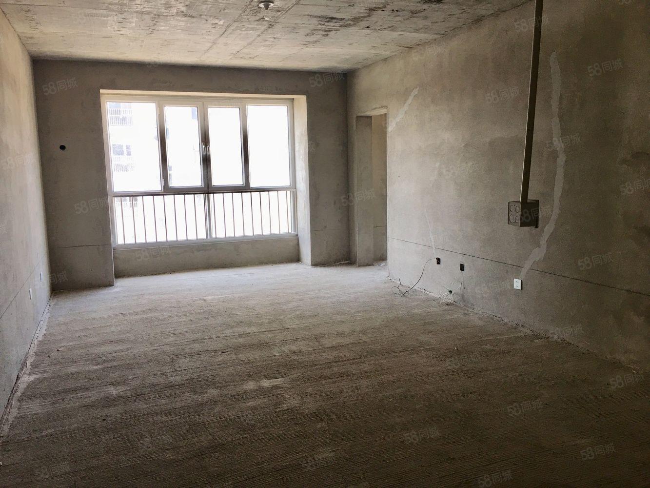 天福園8樓毛坯房,可改三室,