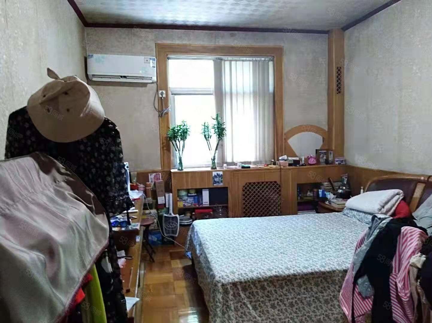 人民路民生路(国棉一厂)简装低楼层三室实际面积大