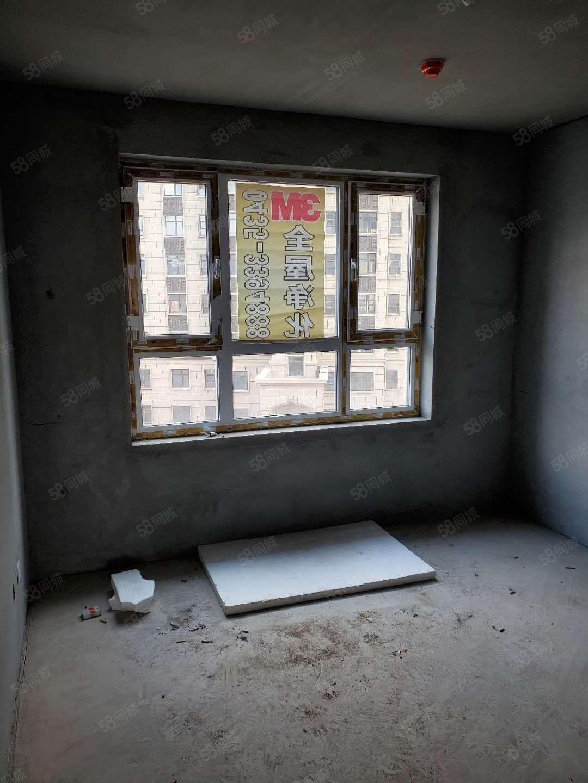 大禹城邦95平6楼6080每平米