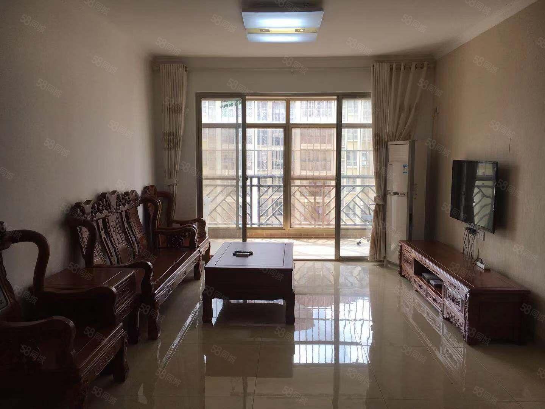 花半里小区,85平二房二厅精装出租,年租2000元/月