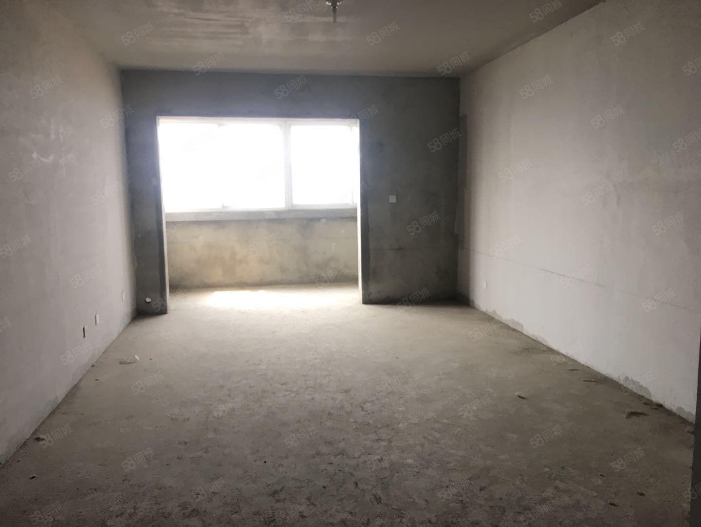 市中心西小附近,汉宇领峰,中层毛坯3室,南北通透,有证可按揭