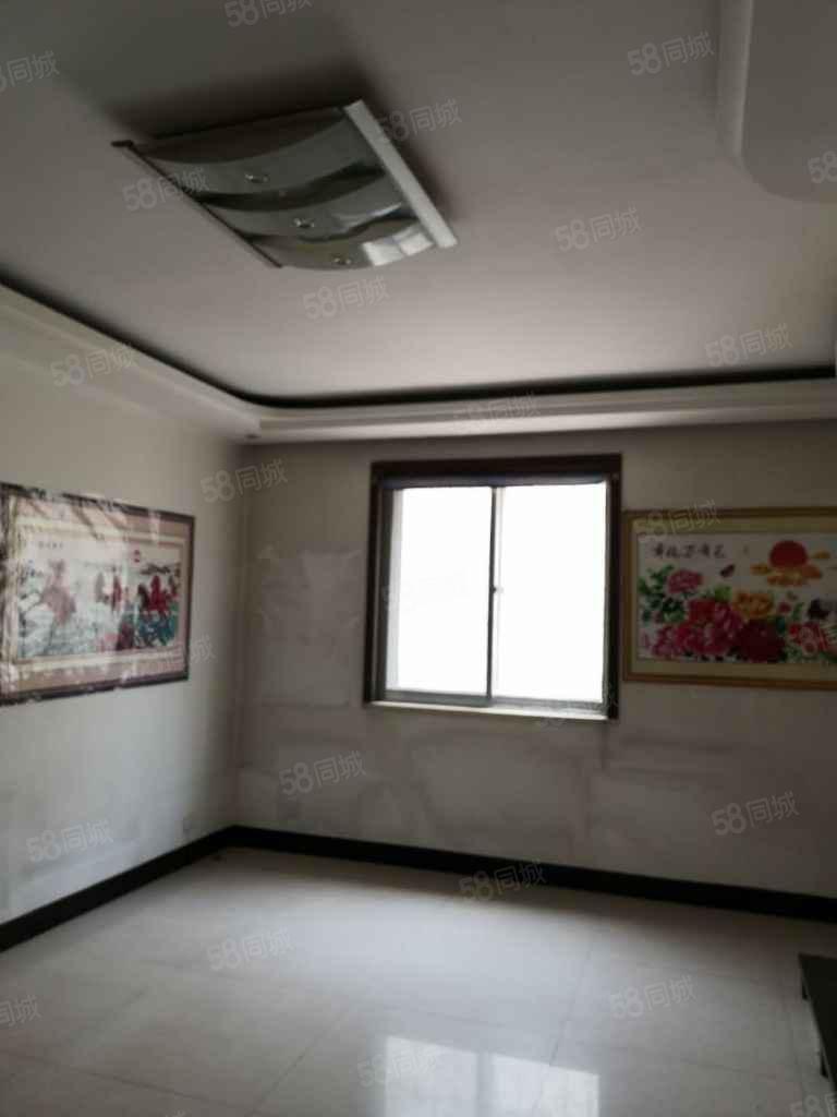 出售民福福園小區經典二樓大紅本房型好地理位置優越